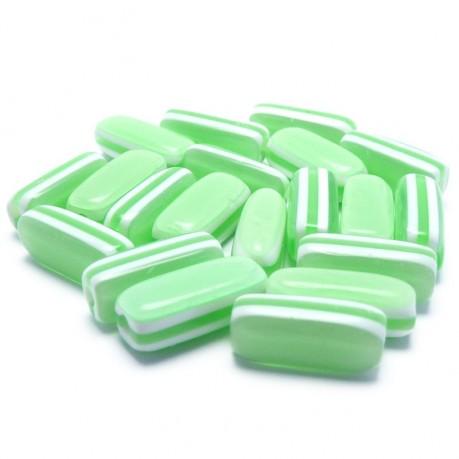20ks Oválné plastové korálky pruhované zelené 13x5x5mm